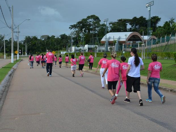 Caminhada marca ciclo de homenagens às mulheres em Porto Velho (Foto: Toni Francis/G1)