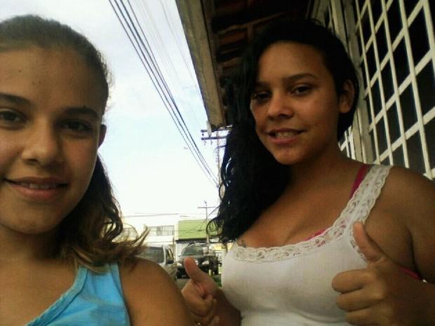 Adolescente atropelada (à esquerda) estava com a amiga na hora do acidente em Piracicaba (Foto: Bionda Lazaro/arquivo pessoal)