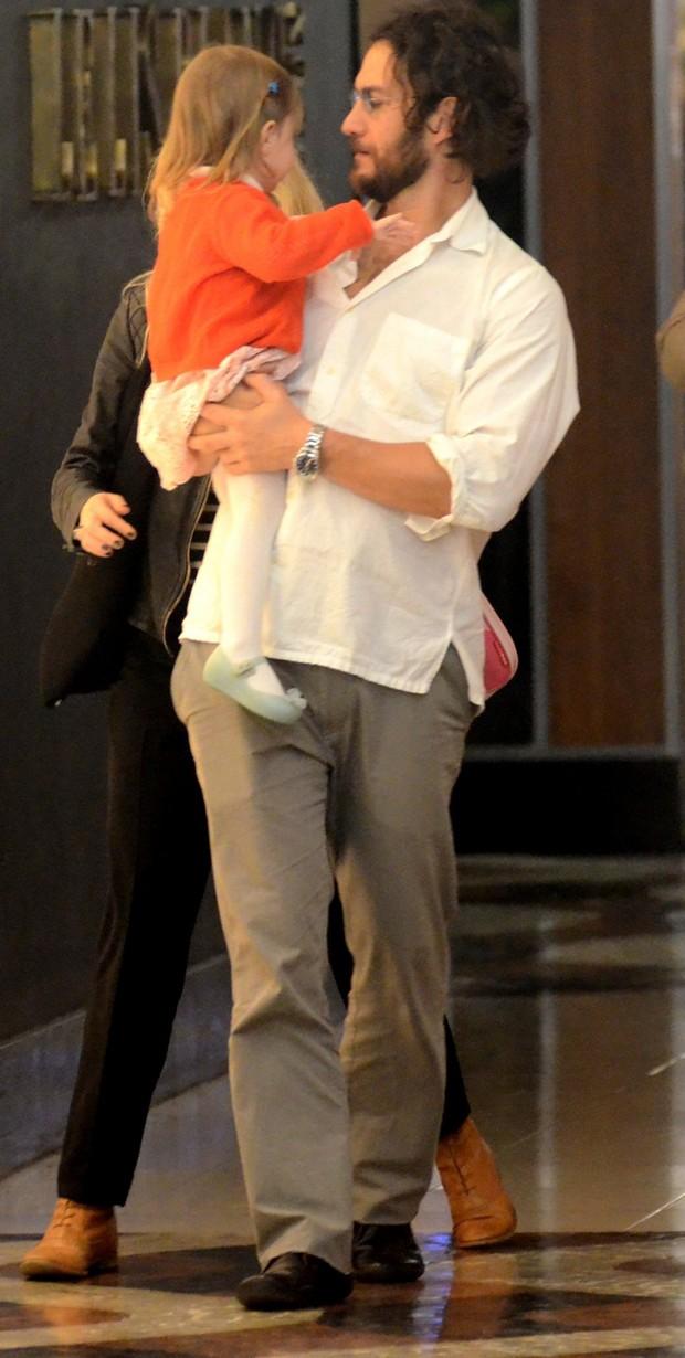 Gabriel e a filha, Maria  (Foto: AgNews)
