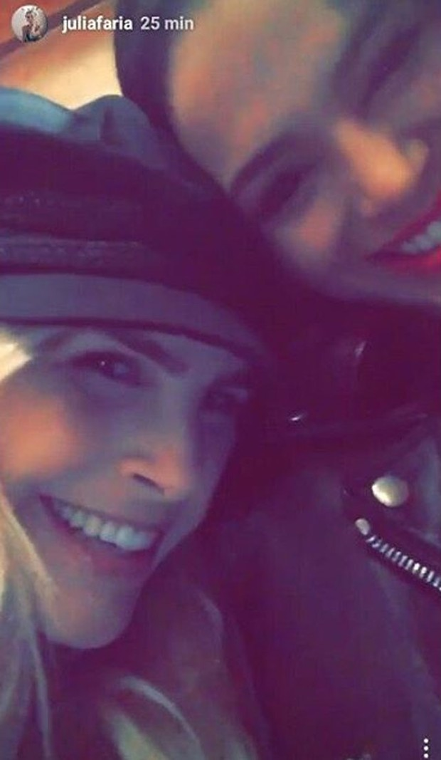 Júlia Faria e Bruna Marquezine (Foto: Reprodução/Instagram)
