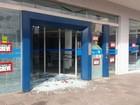 Agências bancárias são depredadas na Zona Norte de Porto Alegre