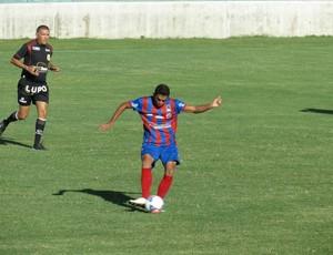 Cesár Sampaio, volante do Tiradentes  (Foto: Reprodução/ Facebook / César Sampaio)