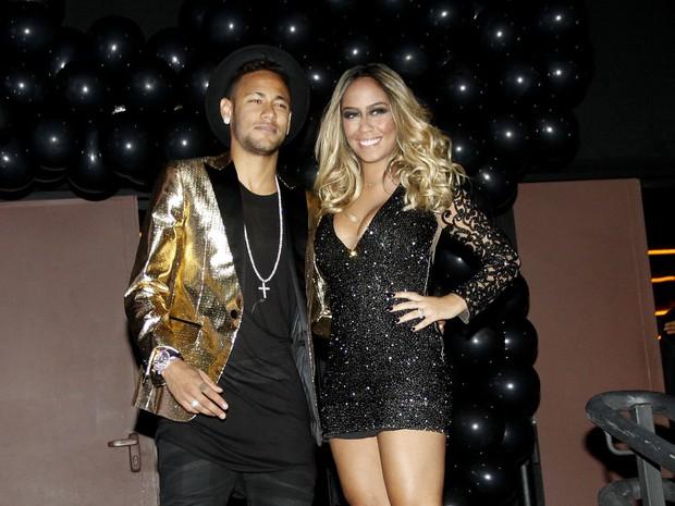 Neymar  e a irmã Rafaella Santos (Foto: Celso Tavares/EGO)