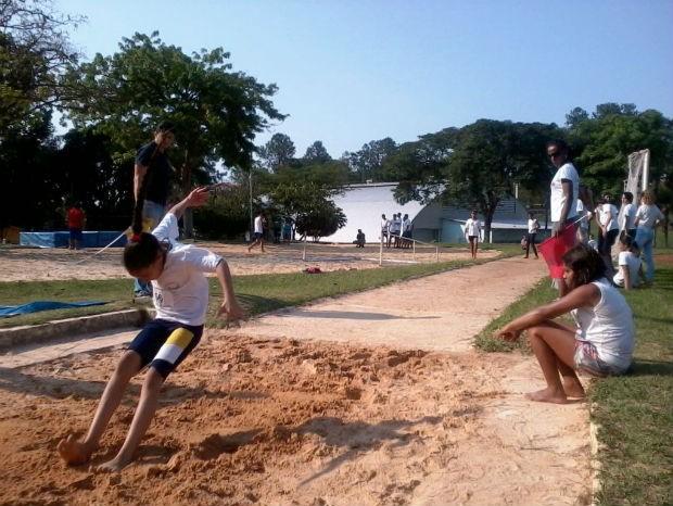 Jovens participaram das atividades nesta terça-feira (15) (Foto: Divulgação)
