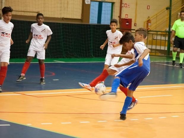 cb78d58a6092a CEU de Santa Bárbara tem aulas esportivas gratuitas (Foto:  Divulgação/Prefeitura)
