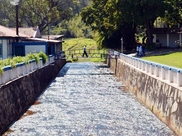 Balneário de Termópolis é banhado por fontes termais (Foto: Tiago Campos / G1)