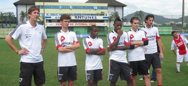 Van der Sar Clinica Ajax (Foto: Globoesporte.com)