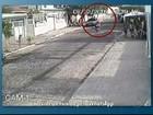 Criança é atropelada e motociclista agredido