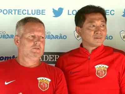 Zé Roberto e Chen Xufeng Shangai Londrina (Foto: Reprodução/RPC)