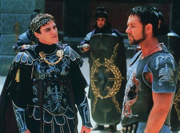 Russell Crowe em cena de Gladiador (2000) (Foto: Reprodução)