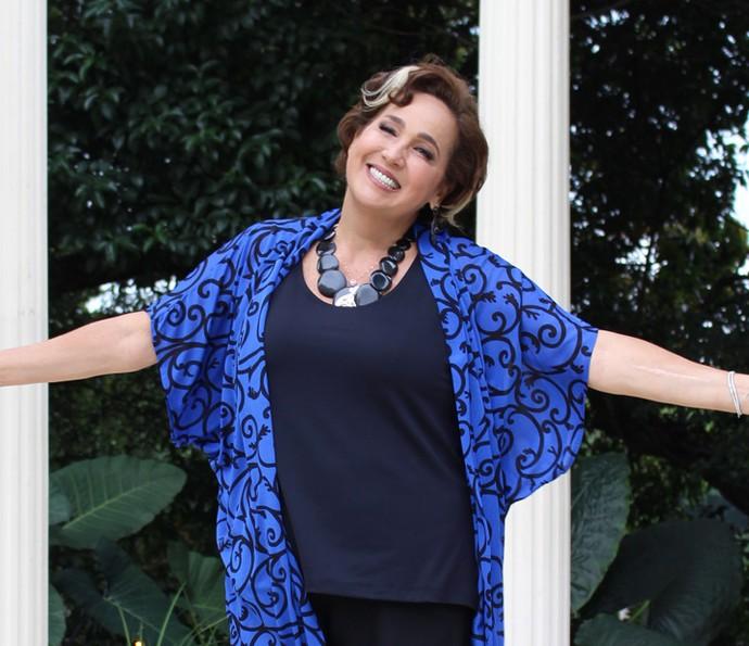 Claudia Jimenez retorna às telinhas na pele de Lucrécia (Foto: Ariane Ducati/Gshow)