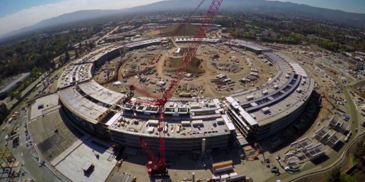 O novo campus da Apple na Califórnia, que custou mais de R$ 15 bilhões (Foto: Divulgação)