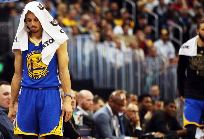 Stephen Curry Warriors x Nuggets NBA (Foto: Reuters)