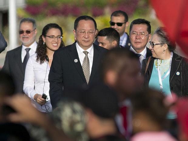 O chanceler da Coreia do Norte Ri Yong-ho nesta sexta-feira (17) na Cúpula dos Países Não Alinhados, que acontece na Venezuela (Foto: Ariana Cubillos/AP)