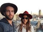 Thaila Ayala faz passeio em Londres com Andre Hamann