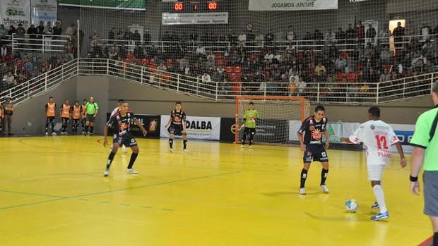 Guarapuava Cascavel Liga Futsal  (Foto: Márcio Ney dos Santos/CliqueEsporte)