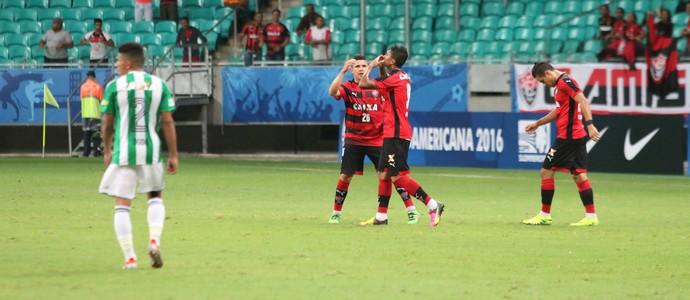 kieza; kieza vitória; vitória x coritiba (Foto: Francisco Galvão/EC Vitória)