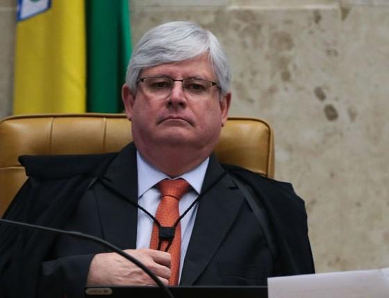 Janot diz que aceitará 'com naturalidade' caso Câmara barre denúncia