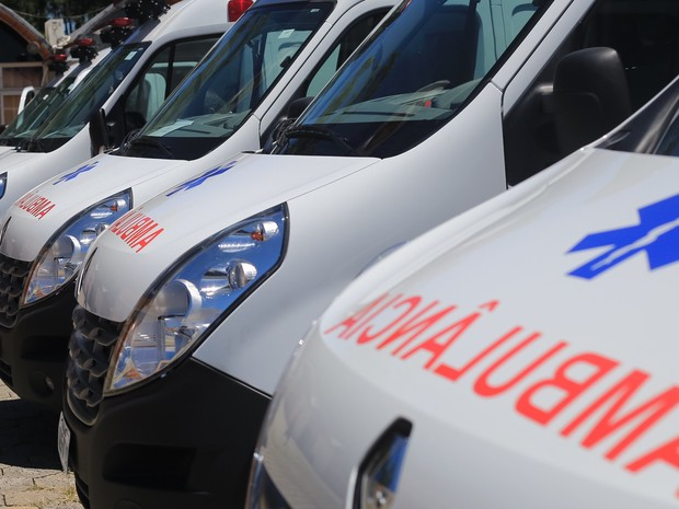 Ambulâncias foram entregues em evento em Florianópolis (Foto: Julio Cavalheiro/Secom)