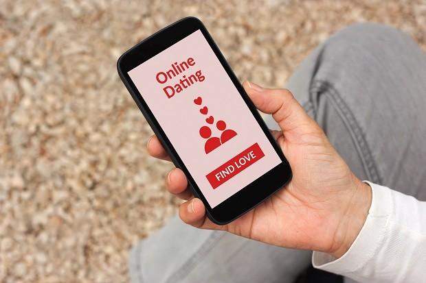 O amor nos aplicativos (Foto: Think Stock)