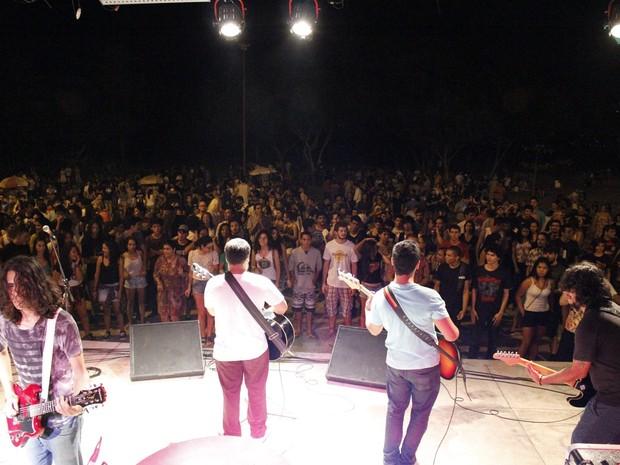 Show acontece neste domingo (24) na Praça Velia Coutinho (Foto: Reprodução Facebook)