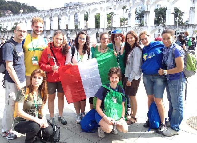 Grupo da Itália chegou nesta segunda-feira (15)  (Foto: Andressa Gonçalves/G1)