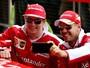"""Vettel aprova renovação de Kimi e diz: """"Dupla com menos problemas de ego"""""""