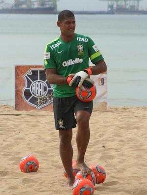 Mão, goleiro da Seleção Brasileira de futebol de areia (Foto: Divulgação/Pauta Livre)
