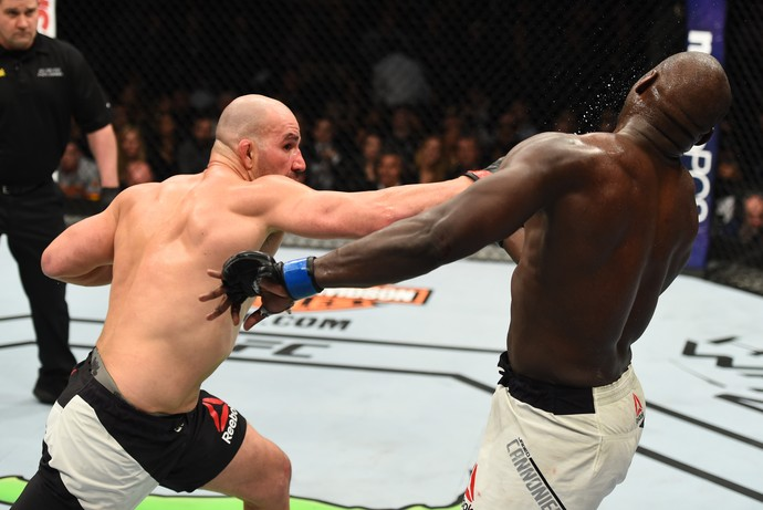 Glover Teixeira Jared Cannonier UFC 208 (Foto: Getty Images)