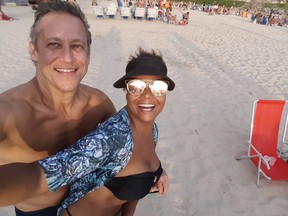 Adriana Bombom e o noivo, Adrien Cunha (Foto: Arquivo Pessoal)