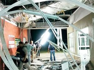 Caixa eletrônico é dstruído na Bahia. (Foto: Robenilton de Souza/Giro em Ipiaú)