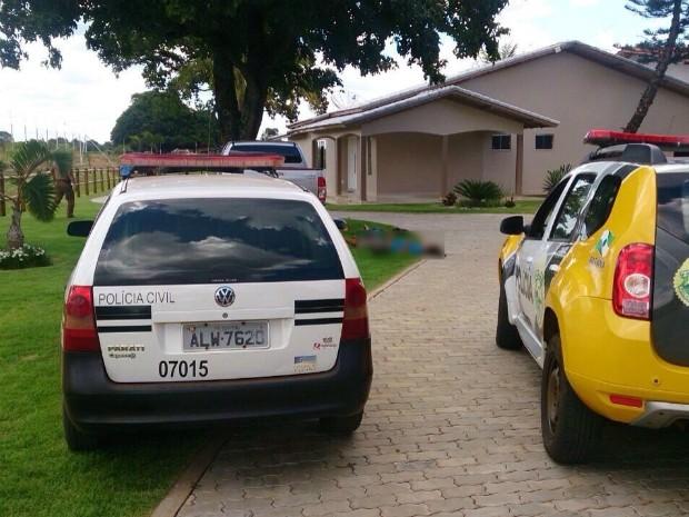 De acordo com a polícia, dois dos assaltantes mortos haviam fugido da cadeia pública de Cascavel no dia 5 de dezembro (Foto: Polícia Militar / Divulgação)