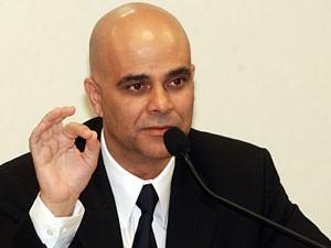 Marcos Valério durante depoimento à CPI dos Correios, em 2005 (Foto: Antonio Cruz / Agência Brasil)