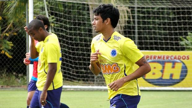 Lucca treino Cruzeiro  (Foto: Tarciso Badaró)