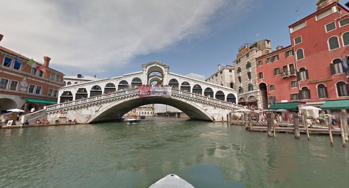 Ponte Rialto, em Veneza, no Street View do Google Maps (Foto: Reprodução/Paulo Finotti)