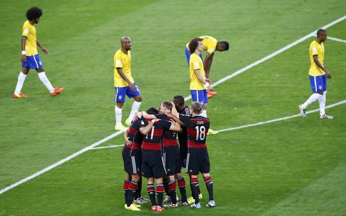 Comemoração da Alemanha contra o Brasil (Foto: Agência Reuters)