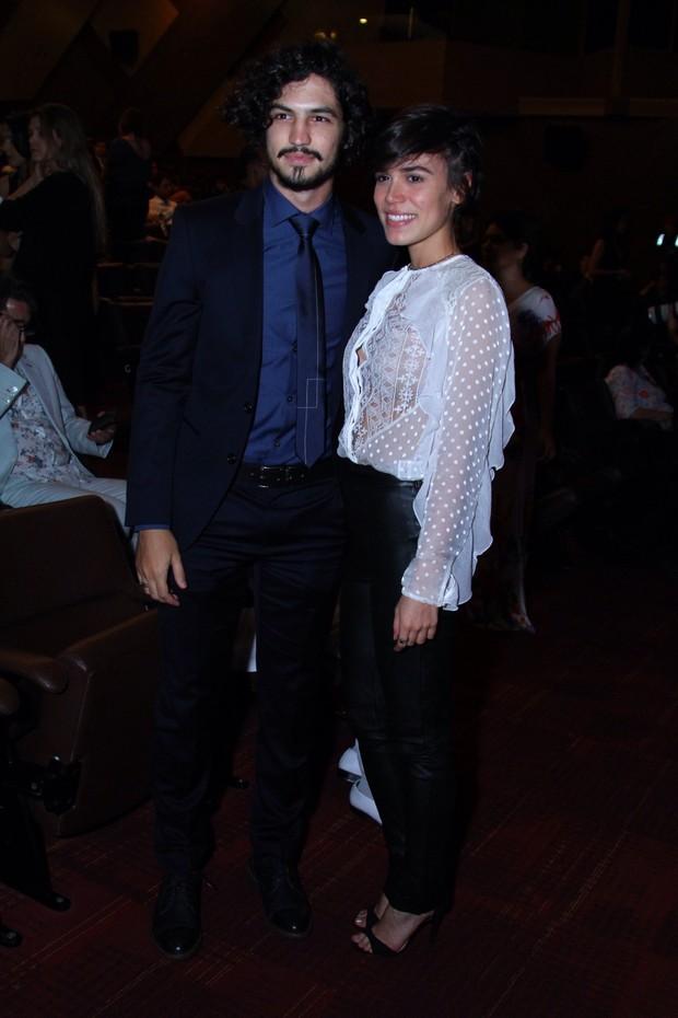 Gabriel Leone e Carla Salle (Foto: Anderson Borde/AgNews)
