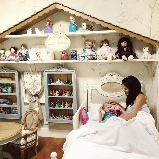 Apaixonada pelo quarto da filha, Mariah afirma que ali é o cantinho onde ela encontra paz (Foto: Reprodução/Instagram)