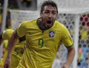 lucas pratto montagem camisa seleção brasil (Foto: Reprodução SporTV)