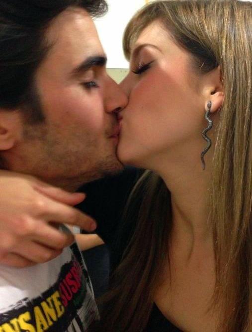 Sophia Abrahão e Fiuk se beijando (Foto: Reprodução / Facebook)