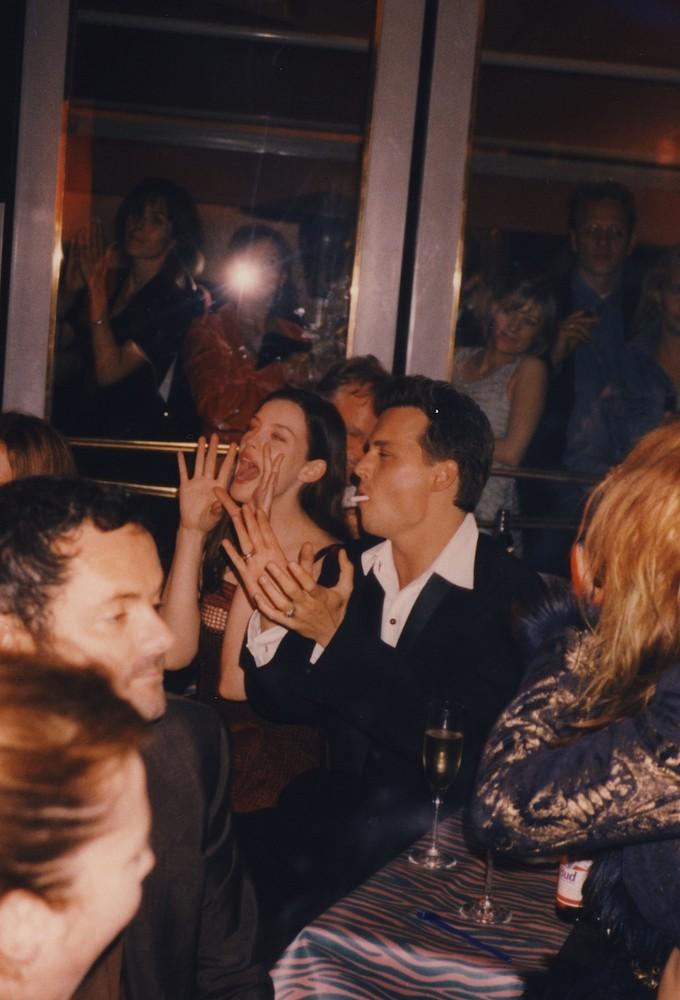 Johnny Depp e Liv Tyler. (Foto: Divulgação)