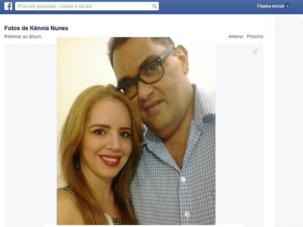 Casal - Julio e Kennya (Foto: Reprodução/Facebook)