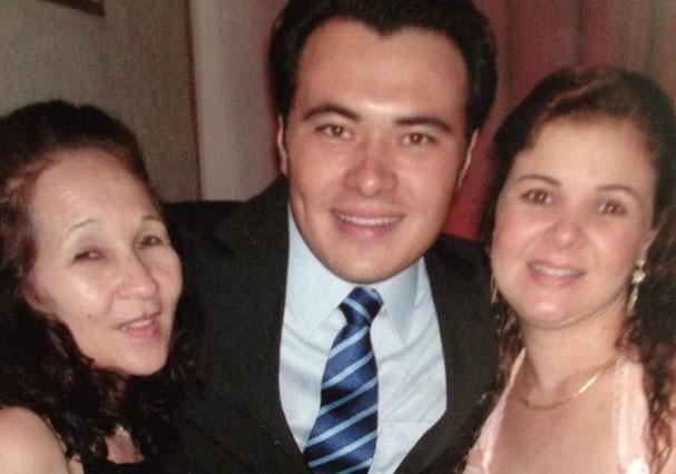 Marilda com os filhos André e Melissa (Foto: Reprodução/Facebook)