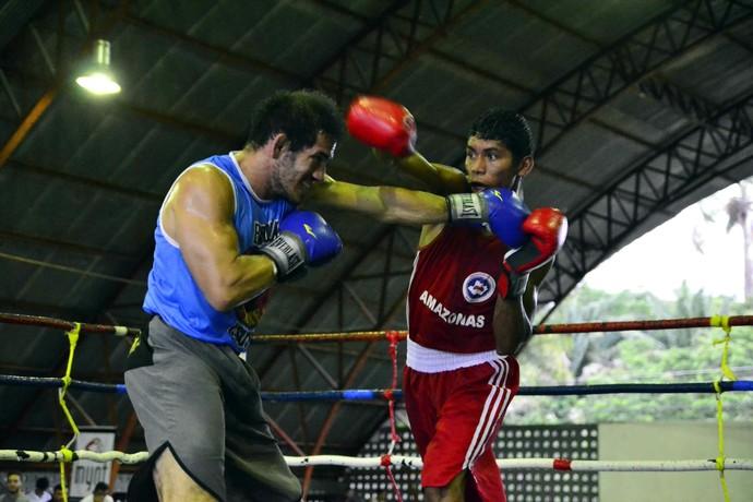 Boxe Manaus AM (Foto: Mauro Neto/Sejel)