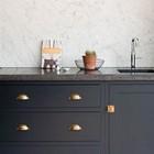 Decoração sofisticada com mármore carrara (Shutterstock)