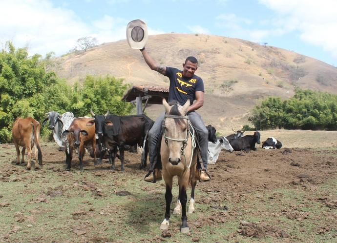 Alex Cowboy em Três Rios (Foto: Marcelo Barone)