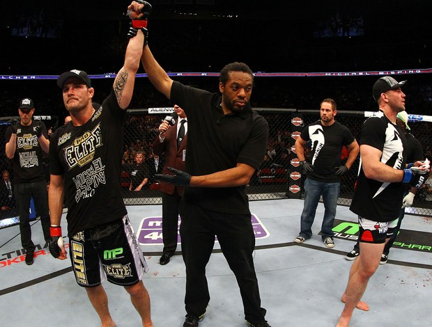 Michael Bisping x Alan Belcher UFC 159 (Foto: Getty Images)