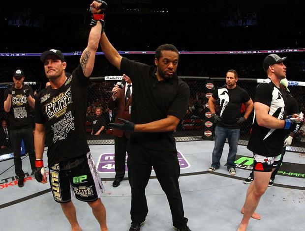 Michael Bisping x Alan Belcher UFC 159 (Foto: Getty Images)