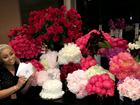 Blac Chyna, grávida, comemora aniversário em estilo Kardashian