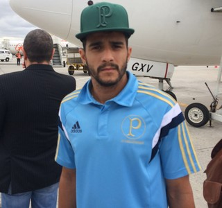 Henrique Palmeiras aeroporto (Foto: Marcelo Hazan/GloboEsporte.com)